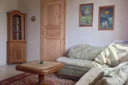 Cozy room in a village - Alovė - House