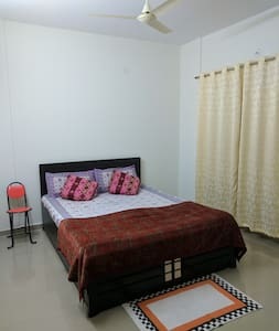 Private Room with relaxing environment - Jigani