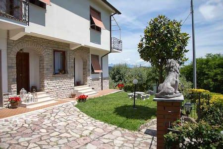 Villa Pina - House