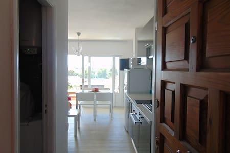 Modern apartment studio close to the beach - Apartamento