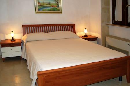 Ampia, Nuova e Confortevole  - Montescaglioso - Bed & Breakfast