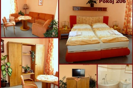 Lovely Family Hotel near Brno - Bed & Breakfast