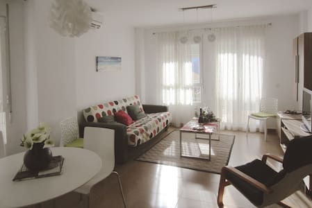 Detached house with nice views in Chulilla - Chulilla - Townhouse