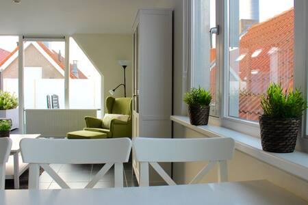 Appartement West in Ouddorp aan Zee Weststraat - Apartamento