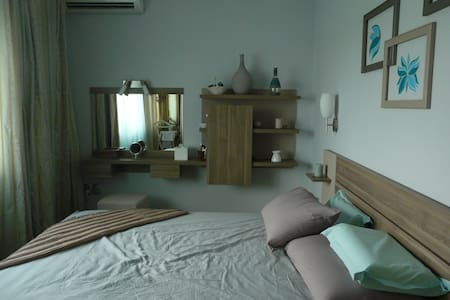 quiet two roomed apartment - Bucharest