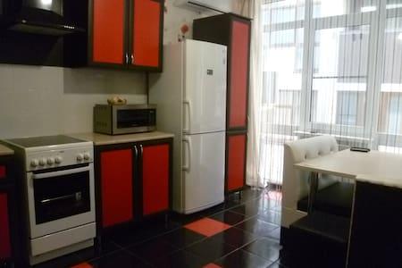 Шикарная квартира класса89298541808 - 公寓