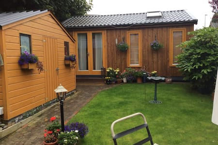 Private  accommodation  for 2 . - Kilnamanagh - Xalet