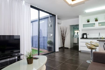 luxury vip  דירת יוקרה - atlit  - Lakás