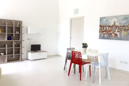 Luminoso appartamento ben arredato - Cabras - Appartamento