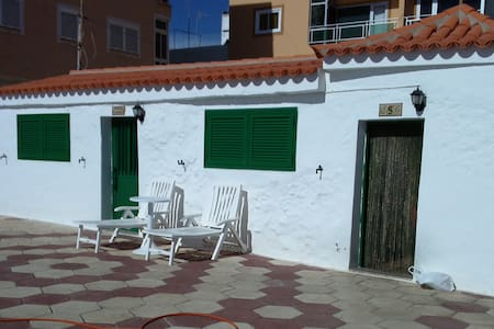 HOUSE IN THE BEACH - Maison