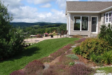 Awesome views! Picturesque Peacham area. Cozy home - Hus