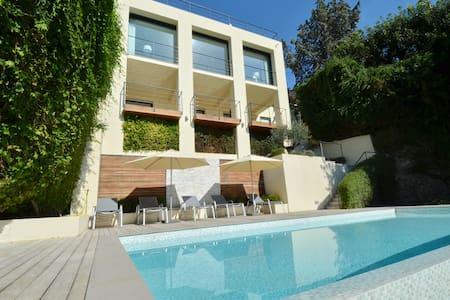 Amazing villa with overlooking view on Monaco bay - Roquebrune-Cap-Martin