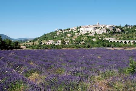 Petite Maison de Village en Provence - Sault - Maison