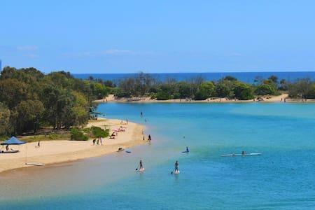 Beach get away! - Palm Beach