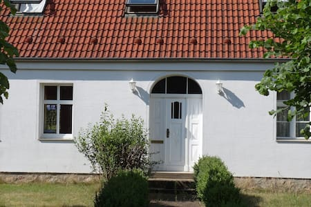 Großzügiges Ferienhaus im ländlichen Brandenburg - Huis