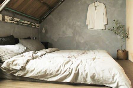 MIAOKO hostel : 小木屋雙人房 - Xincheng Township