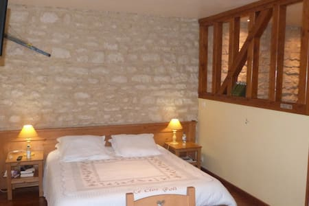 Chambre La Montignacienne - Montigny-les-Monts - Bed & Breakfast