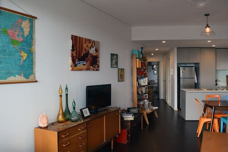 Large colourful apartment in the heart of redfern - Appartamento