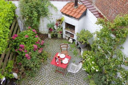 Our Cottage Crush - Uccle - Ház
