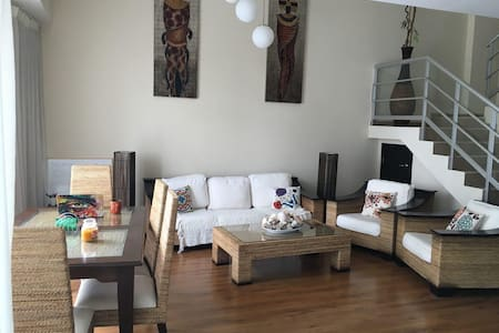 Spacious Loft With Great View In Avenida Balboa - Panamá