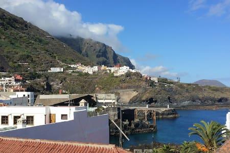 Ático con terraza Anexa, Garachico. - Apartment