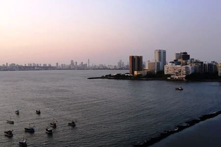 Luxury room in an apartment - Breathtaking Views! - Bombay - Daire