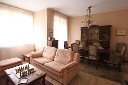 Appartamento Sporting Mirasole - Appartement