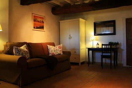 Country house LA CASA DELLE LUNE - Mombaroccio - Talo