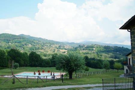 "Agriturismo ""Poderino & Tramonti"" 6 - Apartment"