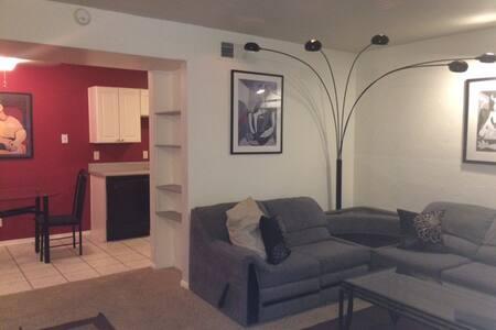 Cherry Creek/Glendale Condo - Denver - Wohnung