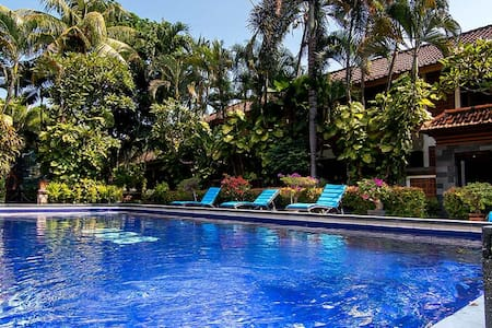 Superior Room with Balinese Style at Legian - Kuta - Bungalow