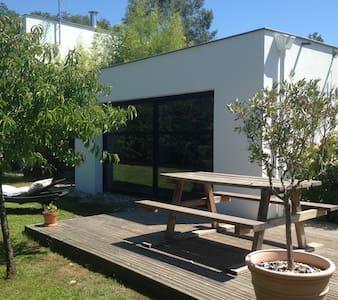 Appart T2 Avec Jardin et Terrasse - Appartement
