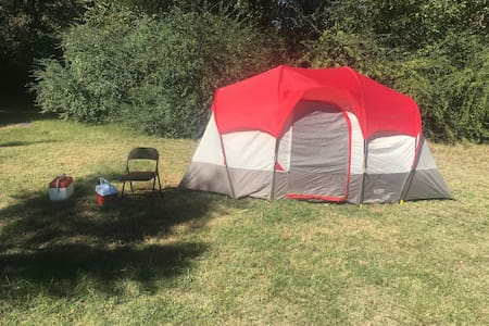 Cozy 7 person Tent! - Goodlettsville