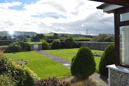 Meelview Farmhouse - Double Room - Casa de hóspedes