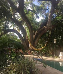 Villa Alberti, a unique ZEN estate. - Miami