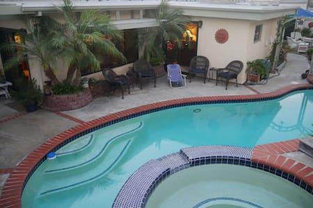 Beautiful Family Home With Pool + Hot Tub - Encinitas - Ház