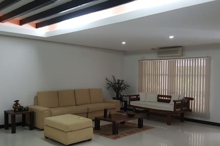 3BR Subic Vacation Home! Perfect location! - Haus