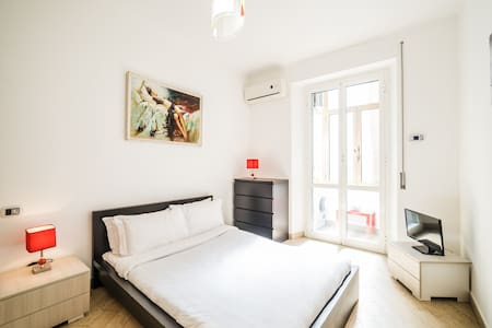 Renewed 1 Bed Apt with AC in Elegant Area - Leilighet