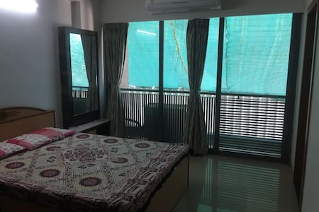 A beautiful room with bathroom - Ahmedabad