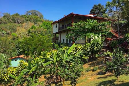 Villa Fauna's Cabina (Car Avail.) - Cottage