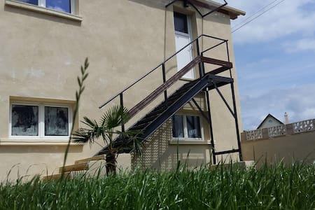 Appartement LE CONQUERANT proche Cabourg - Lägenhet