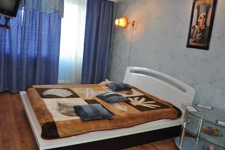 Однокомнатная квартира посуточно, Кременчуг - Lakás