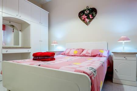 Bonne Vie Apartment - Munxar - Apartamento