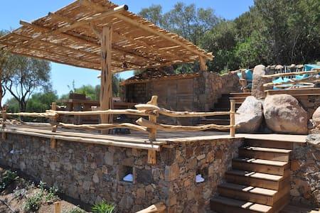 """Maison"""" bergerie Corse"""" à 1,5 kms de palombaggia - Porto-Vecchio - Talo"""