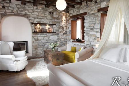 Suite with wonderful sea view - Agios Ioannis Mouresiou