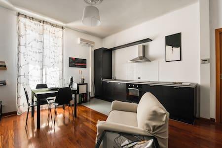 apARTment - Apartment