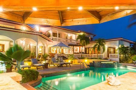 Ocean Jewel Coyaba - Villa