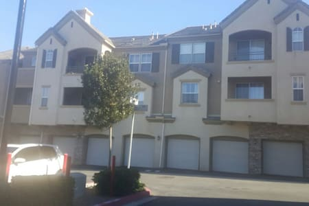 Houses Apartments Vacation Rentals For Large Groups In Chula Vista Airbnb