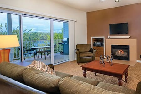 Lake of the Ozarks - 4 Bdrm Penthouse Condo #1 - Appartement