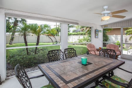 Beach Retreat - Weekly - Bonita Springs - Rumah